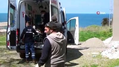 Sinop'ta tamir için çıktığı çatıdan düşen işçi ağır yaralandı
