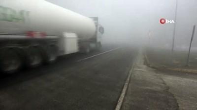 Bolu Dağı'nda sis görüş mesafesini 10 metreye düşürdü