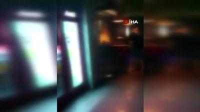 Beyoğlu'nda canlı müzik yapılan mekana baskın: 8 kişiye 27 bin lira ceza kesildi