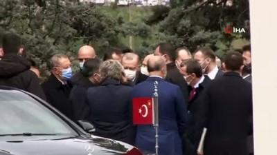 basbakan -  Cumhurbaşkanı Erdoğan, merhum başbakan Adnan Menderes'in mezarını ziyaret etti
