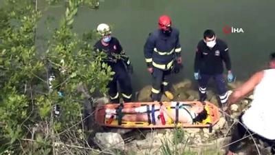 Elektrikli bisikletiyle dereye uçan kadın turist ölümden döndü