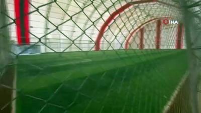 Halı saha maçında kalp krizi geçiren 20 yaşındaki genç hayatını kaybetti