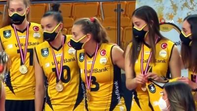 italyan -  Cansu Özbay: 'Şampiyonlar Ligi kupasını alacağız'