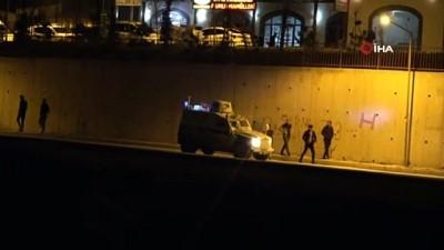 Kısıtlamada dışarıya çıkan vatandaşlar polisi görünce evlerine kaçtı