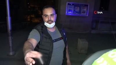 Kısıtlamayı deldi, cezayı görünce basın mensuplarına tepki gösterdi