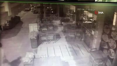 hirsiz -  Alanya'da yaşı küçük 2 hırsız kamerada