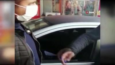 Korsan taksici hayatının şokunu yaşadı... Polis müşteri gibi davranıp korsan taksiciyi yakaladı, o anlar kameraya yansıdı