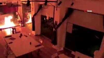 - İspanya'da Podemos Partisi binasına molotoflu saldırı