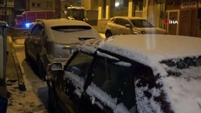 Nisan ayında kar sürprizi: Kent beyaza büründü