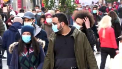 zabita -  Taksim'de sokağa çıkma kısıtlaması öncesi insan seli