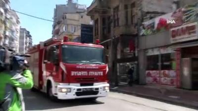 Kumkapı'da İstanbul Emniyet Müdürlüğü'ne ait depoda yangın