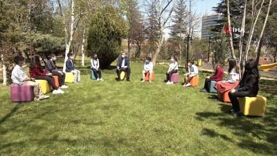 ilkokul ogrencisi -  Bakan Ziya Selçuk, açık havada çocuklarla buluştu