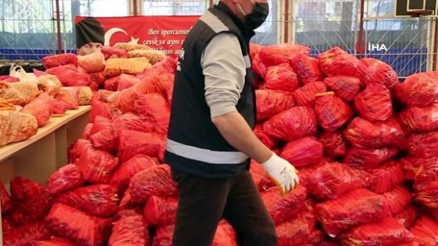 sosyal belediyecilik -  Aydın Büyükşehir Belediyesi'nden kereviz ve havuç üreticisine destek