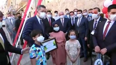 Bakan Selçuk, Anadolu Masal Evi'nin açılışını yaptı