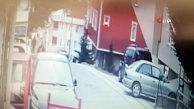 oyun konsolu -  Kocaeli'den takibe aldıkları elektronik eşya dolu kamyoneti  Sancaktepe'de dakikalar içinde böyle soydular