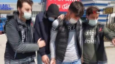 uyusturucu -  511 adet uyuşturucu hapla yakalanan 2 kişi gözaltına alındı