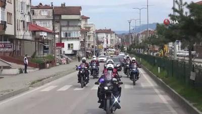 Bartın'da araç konvoyu ile 23 Nisan coşkusu yaşatıldı