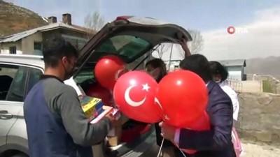 kullar -  Gönüllü doktorlardan köy çocuklarına 23 Nisan hediyesi