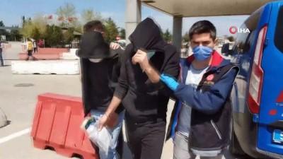 uyusturucu -  Samsun'da iş yerinde esrar ele geçirildi: 2 gözaltı