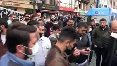Beyoğlu'nda silahlı çatışma sonrası yaşanan hareketli anlar kamerada