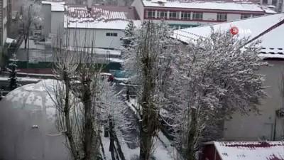 hanli -  Ardahan'da kar yağışı aralıklarla etkisini sürdürüyor