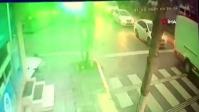 kopek -  Avcılar'da bir kadın tasmasından sürüklenerek köpek çaldı