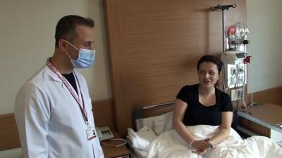 Bardağı kaldıramayınca hastaneye gitti, kolu kesilmekten son anda kurtuldu