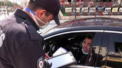 Polise 'ağabey gözünü seveyim yapma' dedi kısıtlamayı ihlalden ceza yemekten kurtulamadı