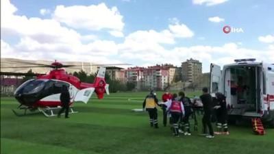 agir yarali -  Kazada ağır yaralanan şahsın imdadına hava ambulansı yetişti