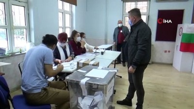 sokaga cikma yasagi -  Trakya'daki çifte vatandaşlar Bulgaristan Seçimleri için sandık başında