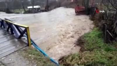 saganak yagis -  Bursa'da sel alarmı...Uludağ'dan gelen dereler taştı