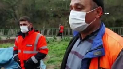 Dere debisi yükseldi, işçiler suya kapıldı: 1 ölü, 1 yaralı