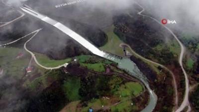 saganak yagis -  Yuvacık Barajı'nın su seviyesi yüzde 98'e ulaştı