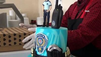 guvenlik gucleri -  Afyonkarahisar'da polislere pasta sürprizi