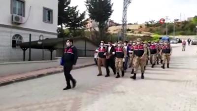 Altınözü'de uyuşturucu operasyonu: 7 tutuklu