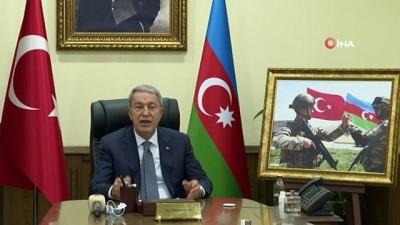 konferans -  Bakan Akar, Azerbaycan Savunma Bakanı Hasanov ile görüştü
