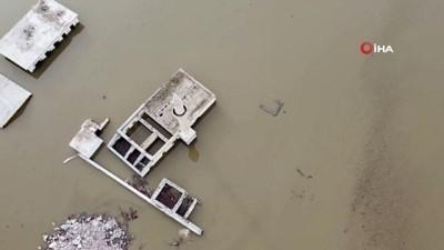 Boğazköy Camii sular altında kaldı