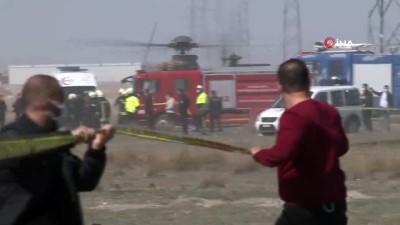 askeri ucak -  Konya'da askeri uçak düştü. Olay yerine çok sayıda polis, ambulans. itfaiye ve AFAD ekipleri sevk edildi.