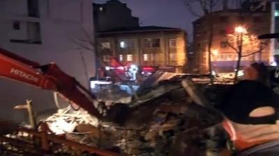 guvenlik onlemi -  Kağıthane'de çöken metruk bina kontrollü şekilde yıkıldı