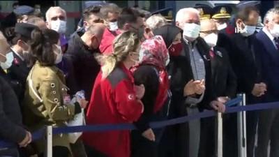 Kayra'dan şehit babasına asker selamı