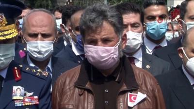 Şehit Türk Yıldızları pilotu Yüzbaşı Burak Gençcelep Trabzon'da son yolculuğuna uğurlandı