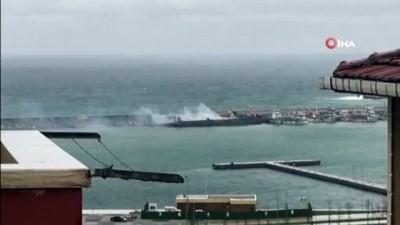 yukselen -  Şile'de gemide yangın paniği