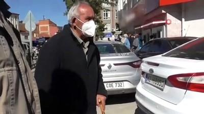 Evine taksi gönderilen emekli gurbetçiyi bankanın güvenlik görevlisi dolandırılmaktan kurtardı