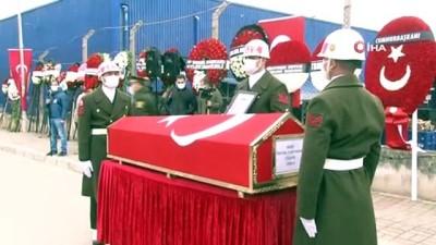 cenaze namazi -  Mersin'deki kazada yaralandı, 9 ay sonra şehit düştü
