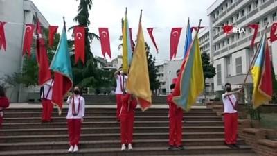 - Trabzon'da 19 Mayıs kutlaması