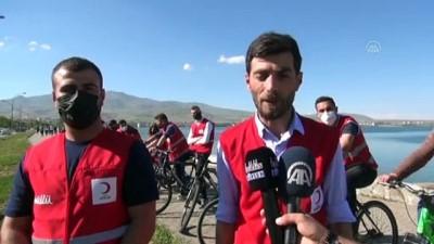 bayram coskusu - BİTLİS - Türk Kızılay Bitlis Şubesi gönüllüleri bisiklet etkinliği düzenledi