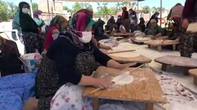 gozleme -  Kuraklık sonrası kadınlardan 'yağmur ekmeği'