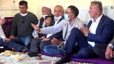gaziler - VAN - Ümit Özdağ, Kırgız Türklerinin yaşadığı Ulupamir köyünü ziyaret etti