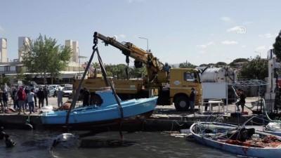 yardim cagrisi - BALIKESİR - Ayvalık'ta dün etkili olan fırtına nedeniyle 80 teknenin battığı belirlendi