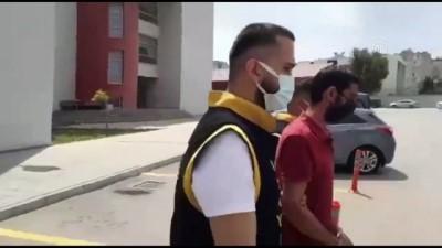 benzin - ESKİŞEHİR - İki otomobili kundakladığı iddia edilen zanlı Adana'da yakalandı